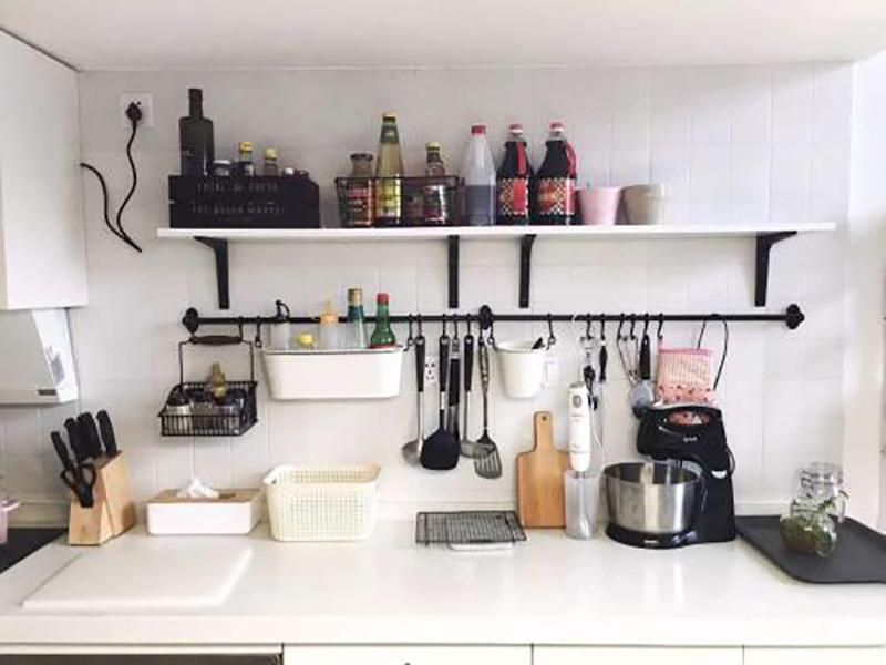 Home kitchen layout - kitchen storage section 2